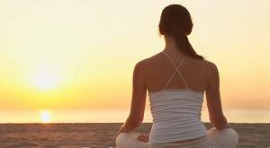 meditasi-menatap-matahari